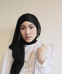 Tutorial Hijab Modern Ala Artis
