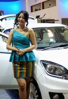 spg cantik motor show 2014-2